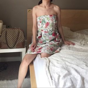 Old Navy Floral Strapless Solid Dress.-D3.